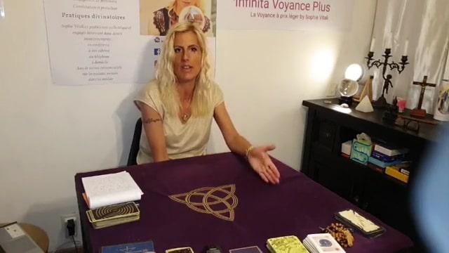 Sophie Vitali voyante explique pourquoi la voyance n'est pas gratuite