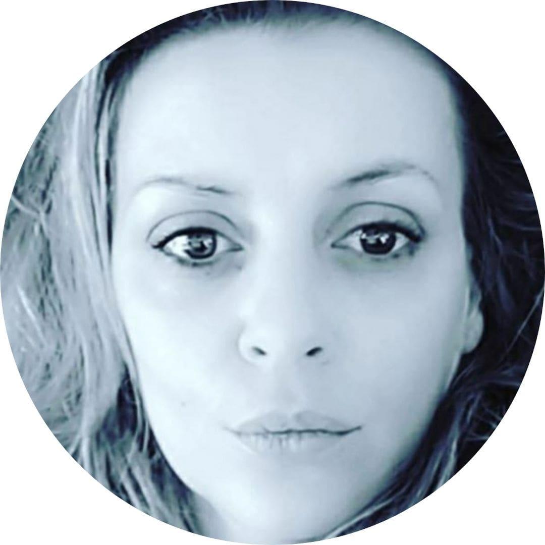 Agnès Médium Cartomancienne / Infinità Corse Voyance