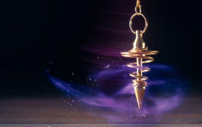 Comment utiliser le pendule ? / Infinità Corse Voyance