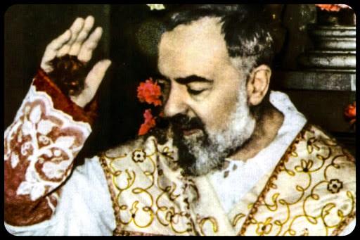 Le mystère des stigmates de Padre Pio / Infinità Corse Voyance