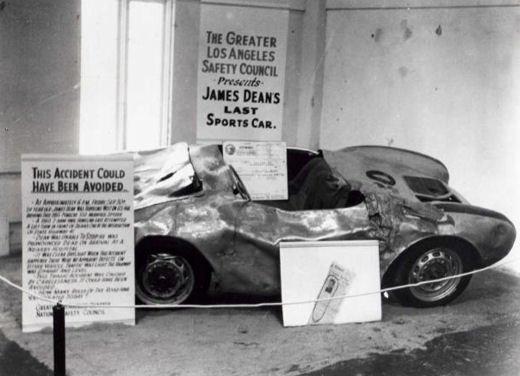 exposition de la voiture de James Dean par George Barris