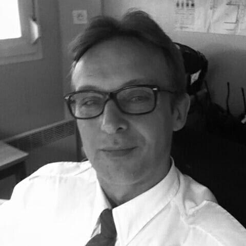 Olivier Bernard auteur des livres : Les lueurs célestes et Les portes de l'esprit